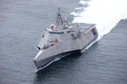 USS Oakland LCS 24